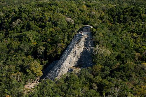 Coba-zona-arqueologica-que-hacer-en-la-riviera-maya.png