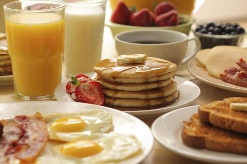 hotel-desayuno-americano.jpg
