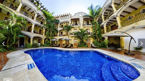 Delphinus hoteles cerca Xcaret - Hacienda Real