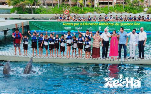 Delphinus-nado-con-delfines-Xel-ha-acuario-educacion