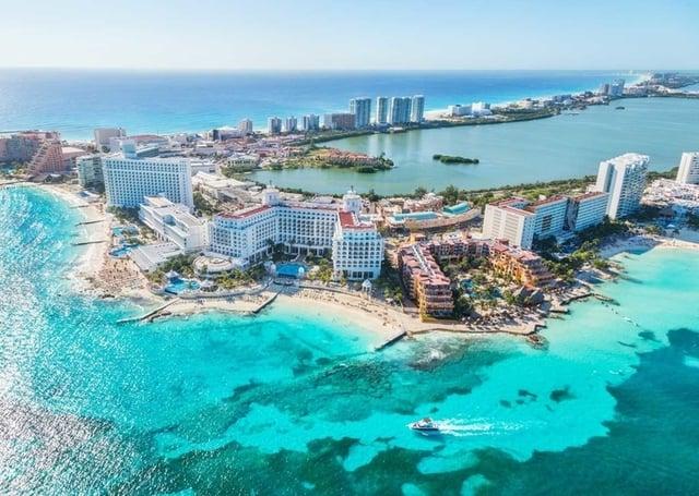 cancun-playas-mas-hermosas-delphinus.png