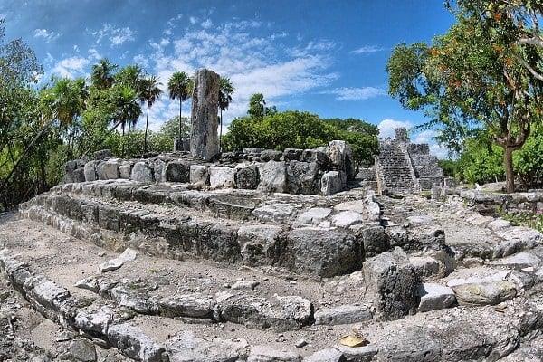 zona-arqueologica-el-meco-cancun-galeria-min