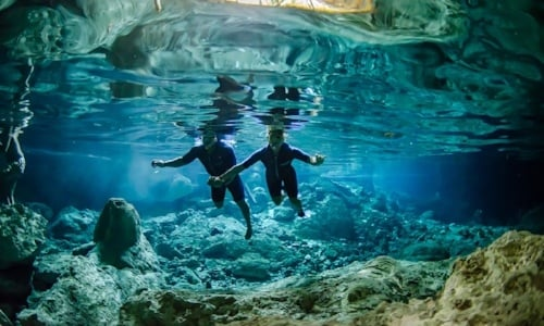 new-years-bucketlist-nada-en-un-cenote